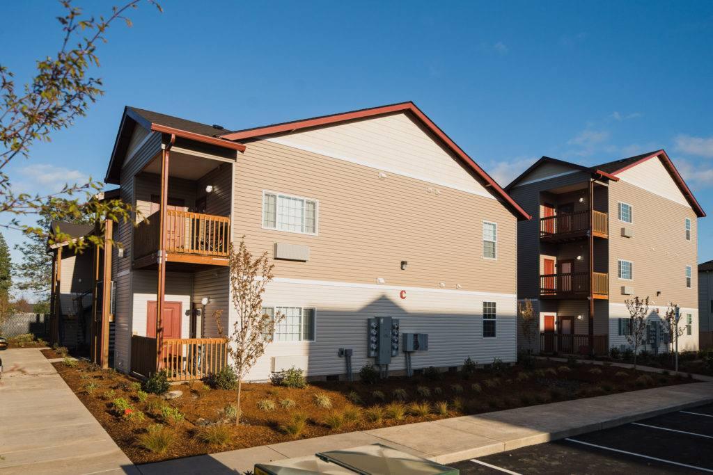 Dallas Oregon Miller Manor Apartments // Oregon Commercial ...